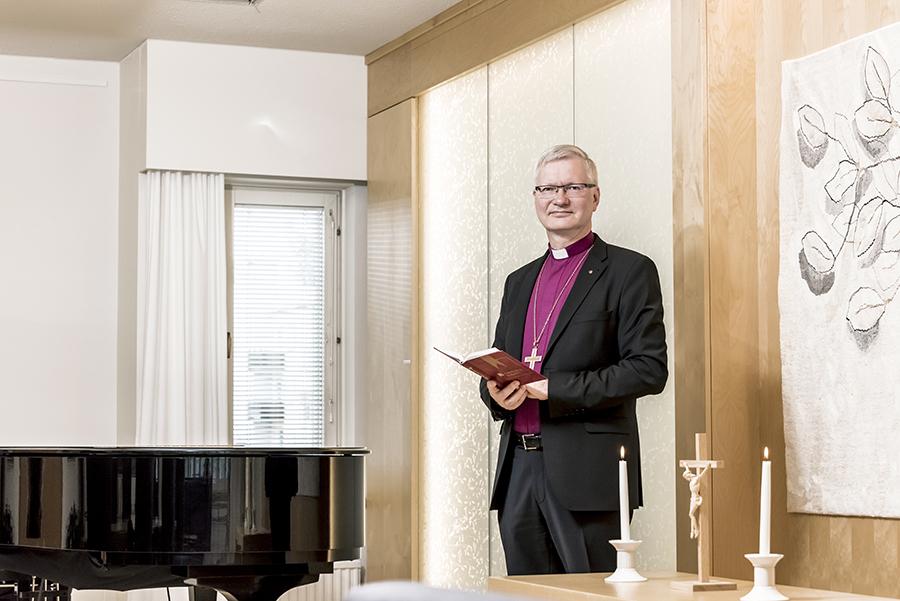 Piispa Seppo Häkkinen