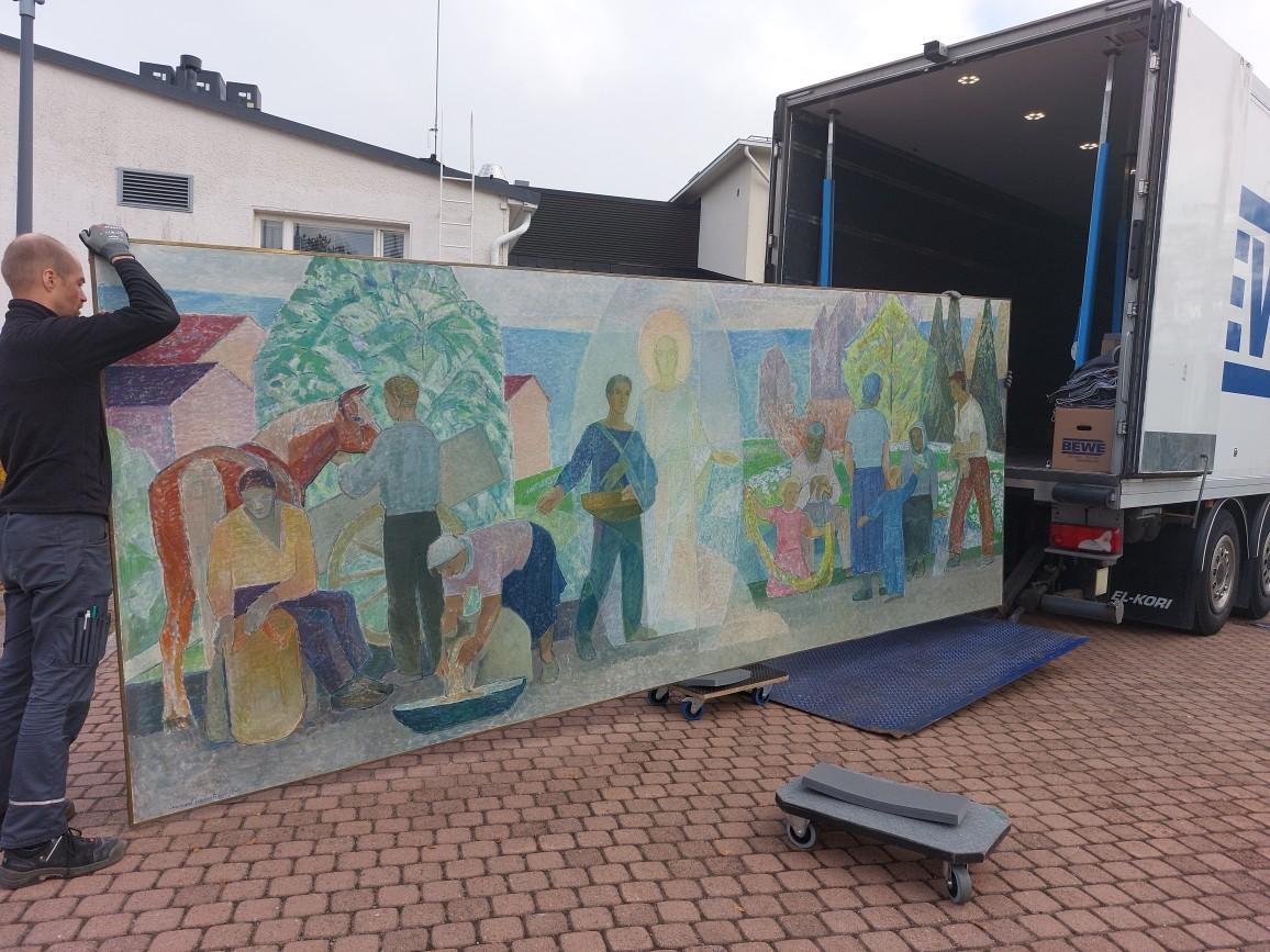 Lennart Segerstråhlen maalausta siirretään